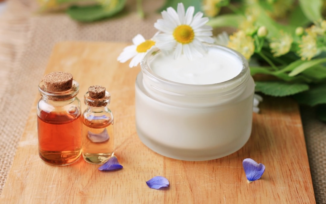 7 Natural Skin Salves for Rashes, Stretch Marks, and Wrinkles